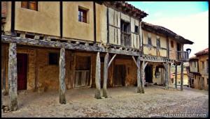 CALATAÑAZOR pueblo medieval castellano