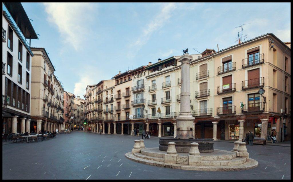 plaza_del_torico_teruel_es-pana_2014-01-10_dd_71-e1422271499831