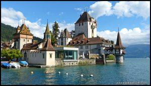 Castillo de Oberhofen, palacio medieval suizo