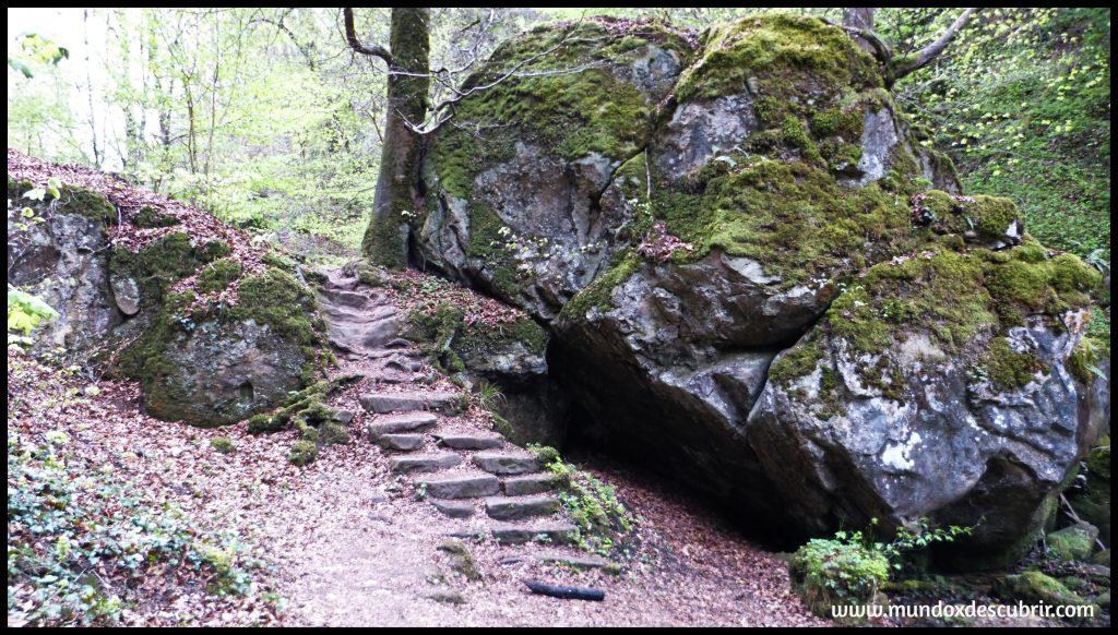 SIEWESCHLOEFF: las grutas más increíbles en Mullerthal