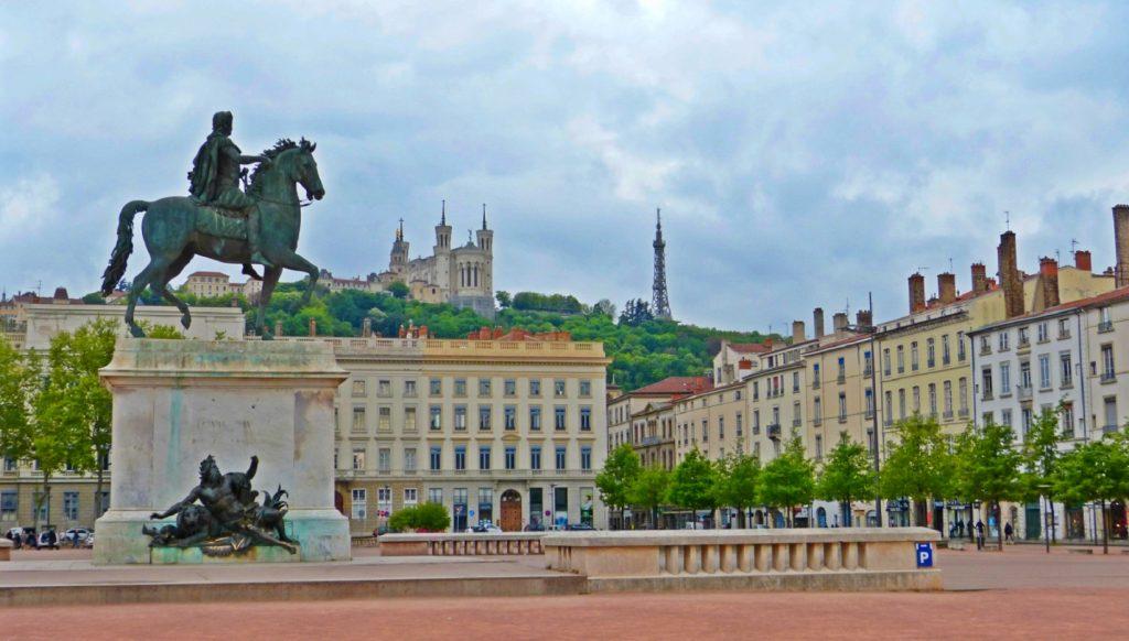 Lyon qué ver