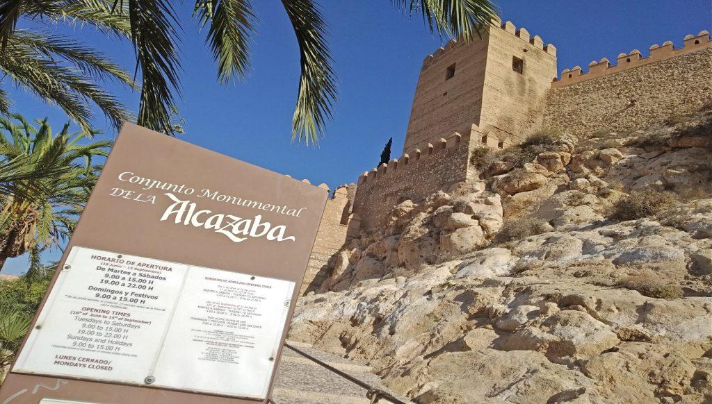fortaleza medieval andalucía