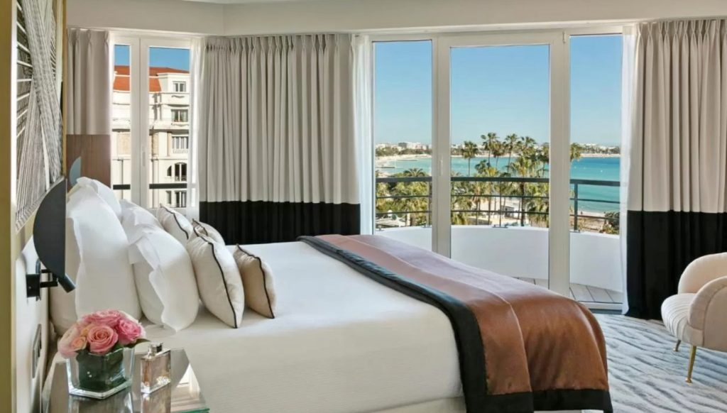 Cannes dónde dormir