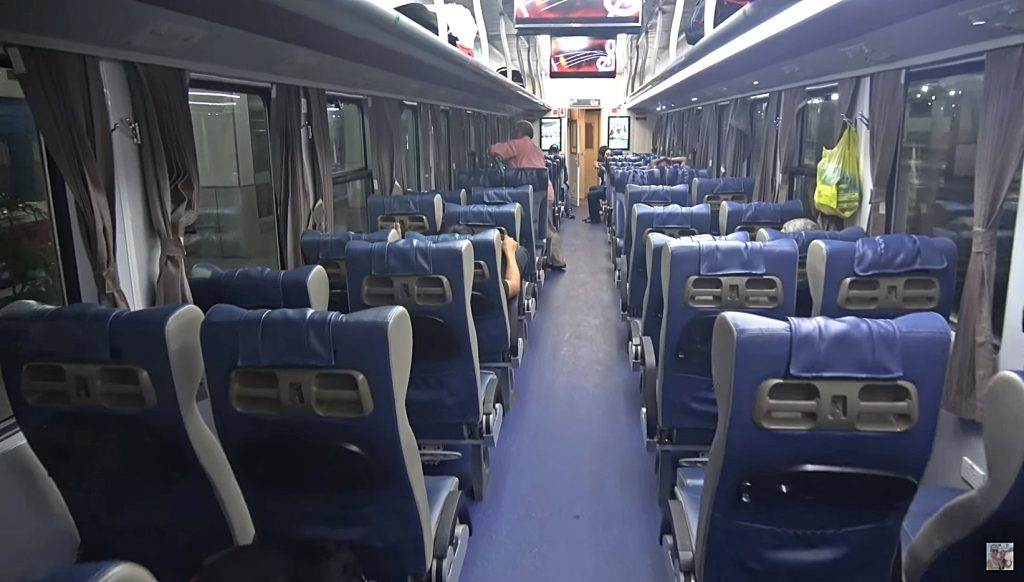 buses vietnam transporte